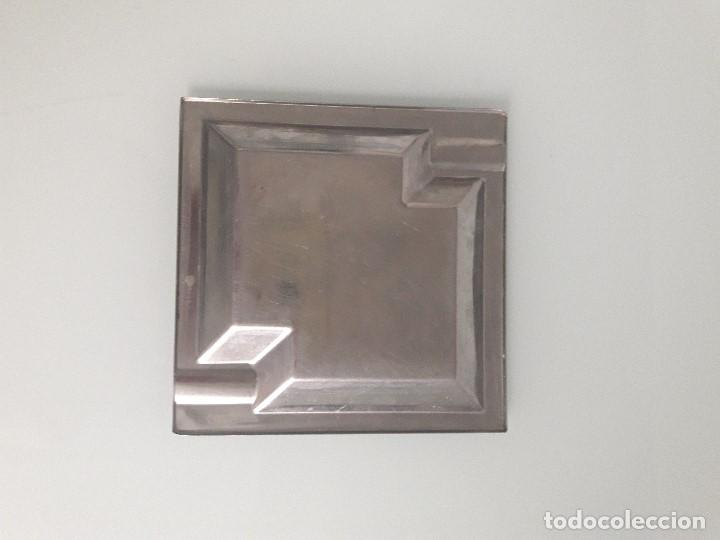 Ceniceros: CENICERO DE ALPACA - ESTILO MODERNISTA - Cuadrado - Geométrico - Foto 2 - 158978422