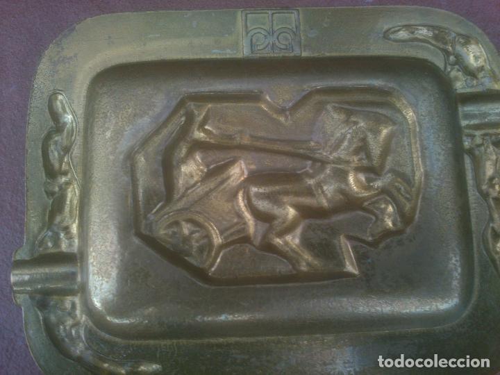 Ceniceros: Cenicero de bronce macizo escenas ROMA - Foto 2 - 161152278