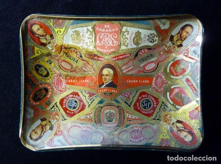 ANTIGUO CENICERO DE CRISTAL DECORADO CON VITOLAS DE PURO. 11,5X9 CM. AÑOS 50-60. VINTAGE (Coleccionismo - Objetos para Fumar - Ceniceros)