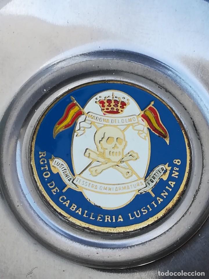 Ceniceros: CENICERO DE METAL REGIMIENTO CABALLERÍA LUSITANIA Nº 8 EJÉRCITO ESPAÑOL - Foto 3 - 169928764