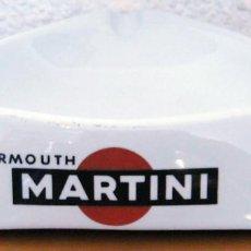 Ceniceros: CENICERO MARTINI - MOAHSA PORCELANA - PERFECTO ESTADO. Lote 171024295