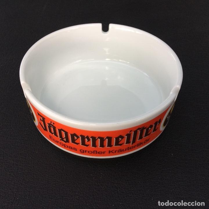 Ceniceros: CENICERO PUBLICIDAD LICOR JAGERMEISTER - BÖCKLING GLAS - FABRICADO EN ALEMANIA - Foto 2 - 171775802