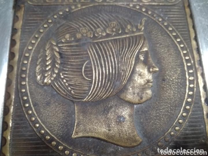 Ceniceros: Bonito cenicero con reproducción sello correos 1853 - Foto 3 - 173932205