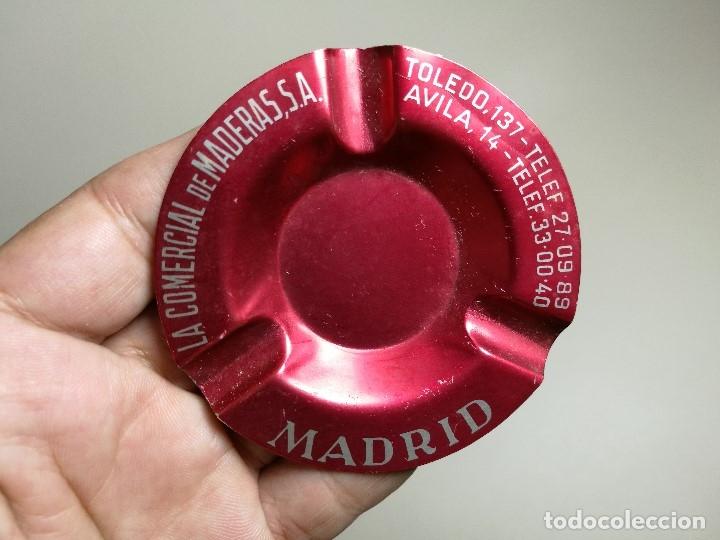 Ceniceros: Cenicero Aluminio serigrafiado Publicitario -LA COMERCIAL DE MADERAS.S.A--- MADRID - Foto 3 - 175026192