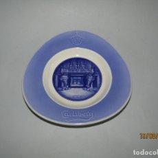Ceniceros: ANTIGUO CENICERO PUBLICIDAD DE CERVEZAS CARLSBERG FABRICADO EN DINAMARCA EN PORCELANA. Lote 175354679
