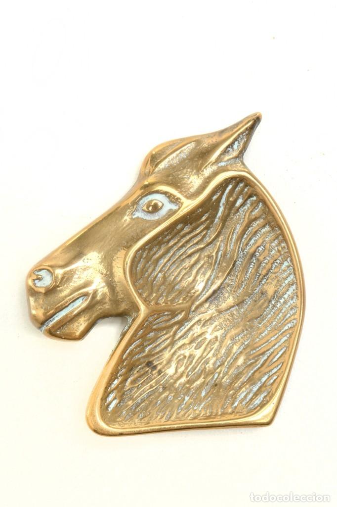 Ceniceros: Cenicero en forma de cabeza de caballo, decoración oficina, decoración deportivva - Foto 3 - 176295879