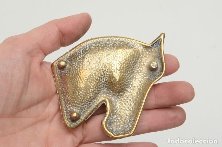 Ceniceros: Cenicero en forma de cabeza de caballo, decoración oficina, decoración deportivva - Foto 8 - 176295879
