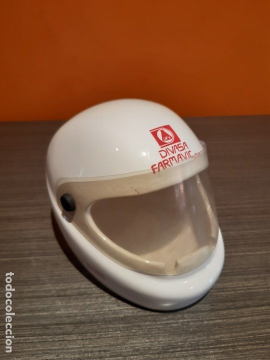 Ceniceros: Antiguo cenicero casco publicidad DIVSA FARMAVIC - Foto 2 - 180104750