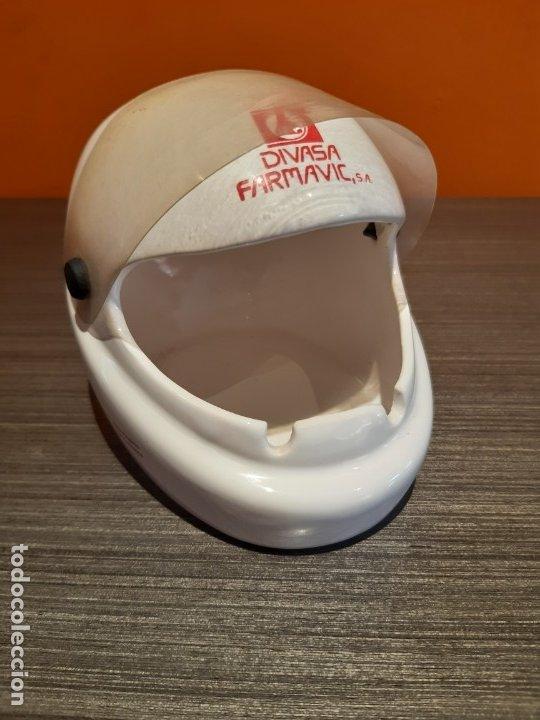 Ceniceros: Antiguo cenicero casco publicidad DIVSA FARMAVIC - Foto 3 - 180104750