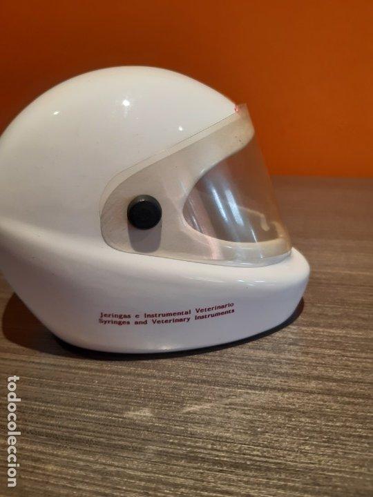 Ceniceros: Antiguo cenicero casco publicidad DIVSA FARMAVIC - Foto 4 - 180104750