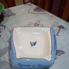 Ceniceros: GRAN CENICERO DE PORCELANA GAULOISES. Lote 181199331