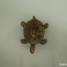 Ceniceros: TORTUGA CENICERO METAL DE 11 X 7,5 CENTIMETROS. Lote 181855020