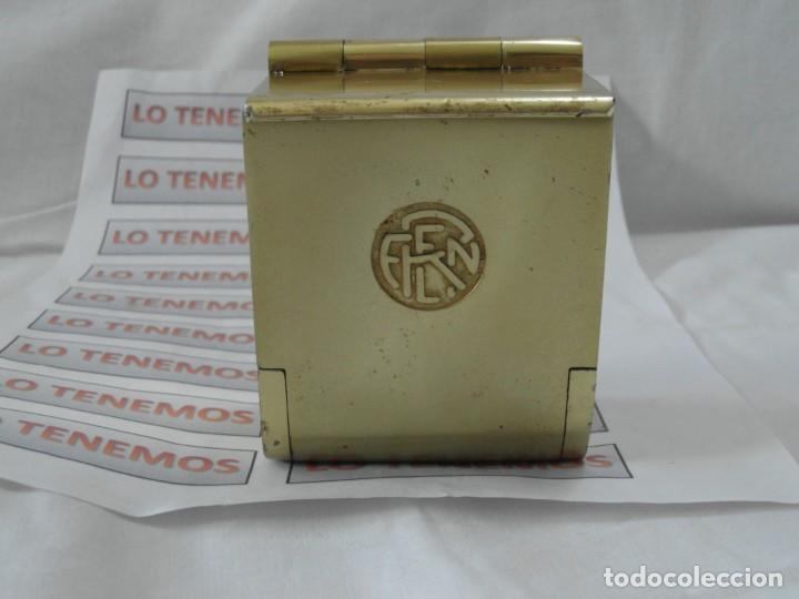 ANTIGUO CENICERO DE RENFE, VAGÓN DE TREN. (Coleccionismo - Objetos para Fumar - Ceniceros)