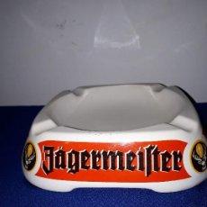 Ceniceros: CENICERO ANTIGUO DE CERAMICA ITALIANA PUBLICIDAD JAGERMEIFTER. Lote 186362328