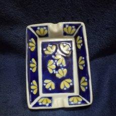 Ceniceros: CENICERO PORCELANA CON MARCA B. Lote 194930895