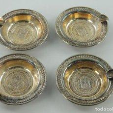 Cendriers: JUEGO DE 4 CENICEROS METALICOS CON GRABADO SIMULANDO MONEDA DE 5 PESETAS. Lote 196349533