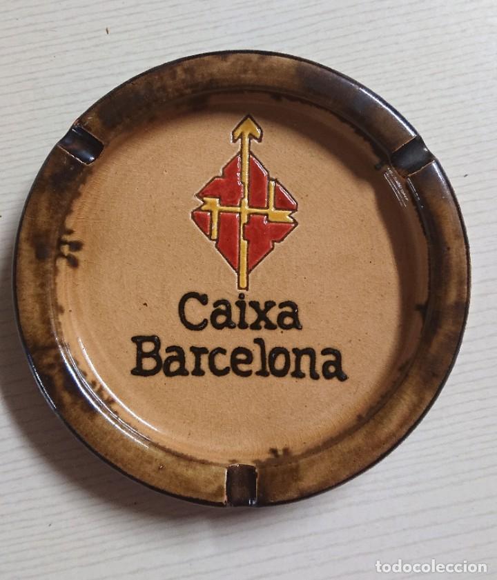 BONITO CENICERO DE CERÁMICA VINTAGE · LA CAIXA DE BARCELONA · CERÁMICA DE LA BISBAL (GERONA) (Coleccionismo - Objetos para Fumar - Ceniceros)