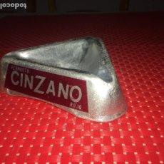 Ceniceros: CENICERO CINZANO - ALUMINIO - 3 COLORES - AÑOS 70. Lote 205756681