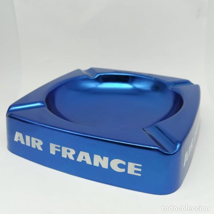 ANTIGUO CENICERO DE ALUMINIO, PUBLICIDAD DE AIR FRANCE (Coleccionismo - Objetos para Fumar - Ceniceros)