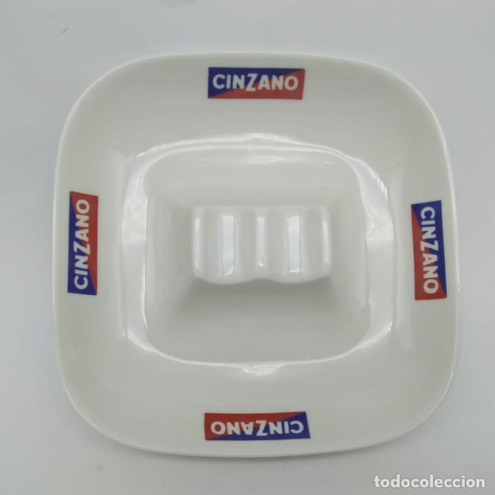 Ceniceros: Antiguo cenicero de loza / porcelana publicidad Cinzano años 60 - 70 - Foto 2 - 218240001