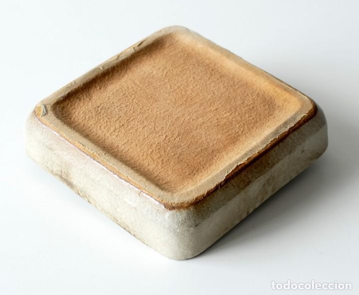 Ceniceros: Cenicero vintage de cerámica y vidrio. Grande y pesado, mide 19 x 19 x 4 cm, pesa 1,5 kg. - Foto 3 - 218395068