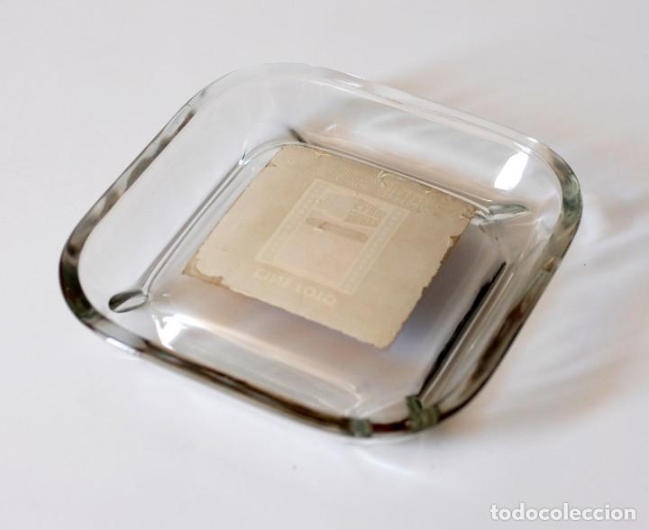 Ceniceros: Cenicero vintage de cristal, publicidad Casa Arpi, Cine Foto. 25 aniversario, 1944 - 1969. Original - Foto 3 - 218398153