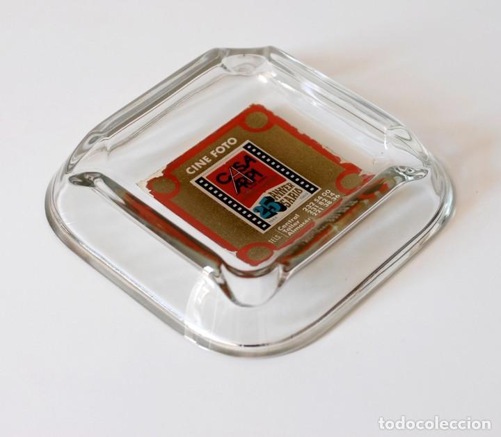 Ceniceros: Cenicero vintage de cristal, publicidad Casa Arpi, Cine Foto. 25 aniversario, 1944 - 1969. Original - Foto 4 - 218398153