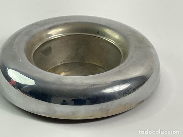 Ceniceros: CENICERO DE METAL PLATEADO. AÑOS 70. - Foto 2 - 259756100