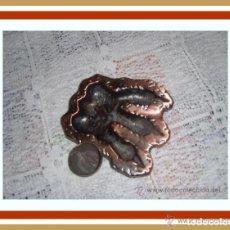 Ceniceros: ANTIGUO CENICERO CREO DE BRONCE O COBRE. Lote 266862769