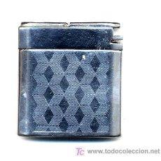 Cajas de Cerillas: ENCENDEDOR FUMALUX CROMADO ELECTRICO CON LINTERNA Y CAJITA. Lote 21323233