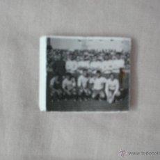 Cajas de Cerillas: CAJA DE CERILLAS , AUTOS PUA Y CADIZ CF ( AÑOS 60). Lote 43715661