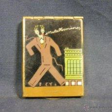 Cajas de Cerillas: PUBLICIDAD CERILLAS METAL DORADO ESMALTE MATA HERMANOS CAJA CABALLO HIPICA PERSONAJE 56X42X10MM. Lote 50094094