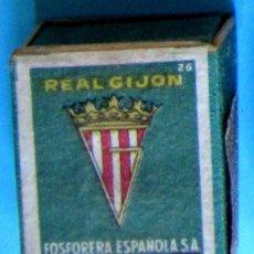 Cajas de Cerillas: CAJA DE CERILLAS. ESCUDO DEL REAL GIJÓN. 36. FOSFORERA ESPAÑOLA. Lote 109012071