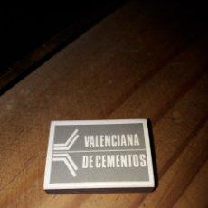 Cajas de Cerillas: CAJA DE CERILLAS.VALENCIANA DE CEMENTOS. AÑOS 70 - 80.NUEVA. RAREZA.CEMEX ESPAÑA. Lote 141315613