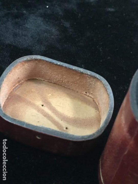 Cajas de Cerillas: Cerillero antiguo de cuero con flor de lis dorada, buen estado - Foto 9 - 155979430
