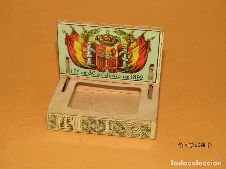 Cajas de Cerillas: Antigüa Caja Cerillas Siglo XIX. ENRIQUE RAMÍREZ Sevilla Gremio de Fabricantes de Fosforos de España - Foto 4 - 156275442