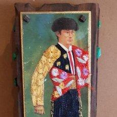 Cajas de Cerillas: ANTIGUO CERILLERO ( ANDORRA ) CON LA FIGURA DE MIGUEL MARQUEZ EN HILO BORDADO / VER FOTOS.. Lote 157702054