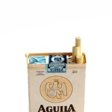 Cajas de Cerillas: ORIGINAL CAJA DE CERILLAS CON FORMA DE PAQUETE DE TABACO AGUILA TINERFENA. PEQUEÑA. Lote 165871398