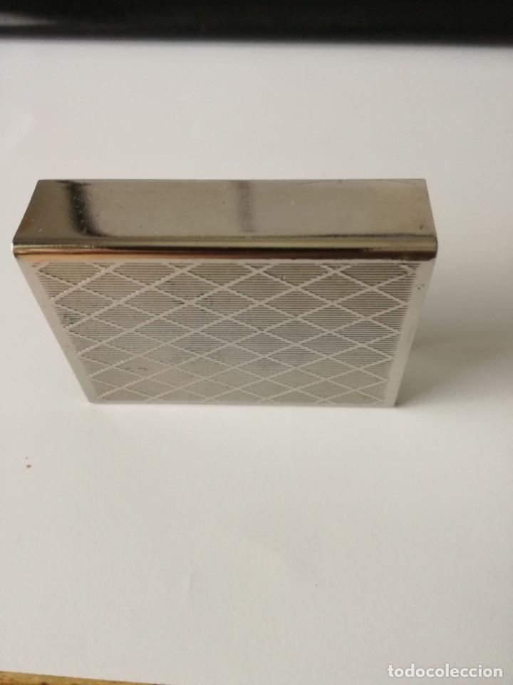 Cajas de Cerillas: ANTIGUA CAJA CUBRE FÓSFOROS METÁLICA ENTRAMADO GUILLOCHÉ Y 1 CARA PLASTIFICADA VERDE 5,5 CM X 4 CM - Foto 2 - 176641767