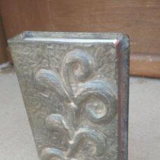 Cajas de Cerillas: CERILLERO ANTIGUO METAL.. Lote 183170727