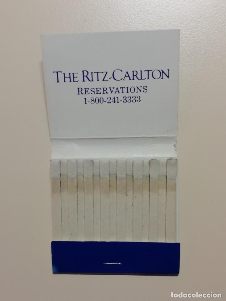 Cajas de Cerillas: LOTE DE 7 CAJAS ANTIGUAS DE CERILLAS PUBLICITARIAS- HOTEL RITZ CARLTON DE NEW YORK-AÑOS 70 - Foto 2 - 209705941