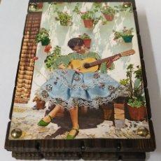 Cajas de Cerillas: CURIOSA CAJA VINTAGE PARA GUARDAR CERILLAS. Lote 221823662
