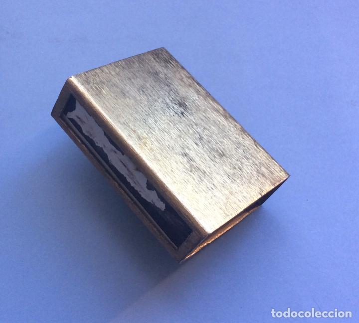 Cajas de Cerillas: Caja Cerillero en metal dorado con piedra - Foto 2 - 226281330