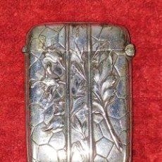 Cajas de Cerillas: CERILLERO. METAL CINCELADO. CHAPADO EN PLATA. ESPAÑA. SIGLO XIX. Lote 228454090