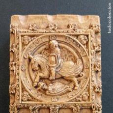 Cajas de Cerillas: CERILLERO DE RESINA - CABALLERO SOBRE CABALLO - 8.5 X 7 X 3 CMS. Lote 261353455