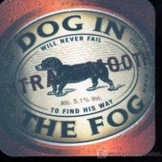 Coleccionismo de cervezas: POSAVASOS DOG IN THE FOG BEER CERVEZA. Lote 19615315