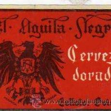 Coleccionismo de cervezas: EL AGUILA NEGRA. CERVEZA DORADA. COLLOTO. OVIEDO. ETIQUETA ORIGINAL 6,50 X 9,50 CM.. Lote 31348291