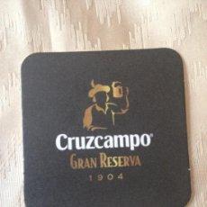 Coleccionismo de cervezas: POSAVASOS DE CERVEZA CRUZCAMPO GRAN RESERVA 1904. NUEVO.. Lote 34401161