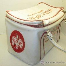 Coleccionismo de cervezas: ANTIGUA NEVERA PORTATIL AÑOS 50-60 CERVEZA AGUILA IMPERIAL. Lote 37355977