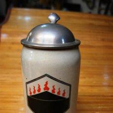 Coleccionismo de cervezas: GRAN JARRA DE CERVEZA CON ESCUDO. Lote 40475960